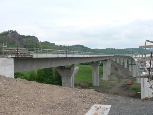 Random image: D8 - most na Prackovicemi 002