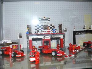 Random image: 2014-10-25 Vylet do lego muzea 062