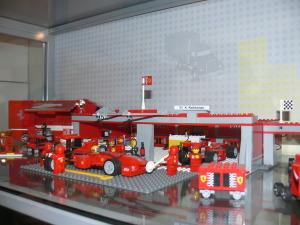Random image: 2014-10-25 Vylet do lego muzea 063