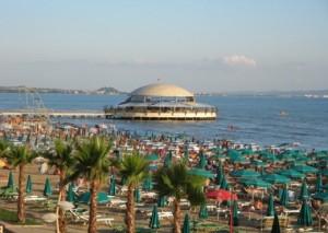 Random image: Plazhi i Durrësit